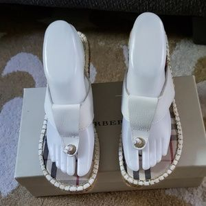 Burberry leather thong sandal